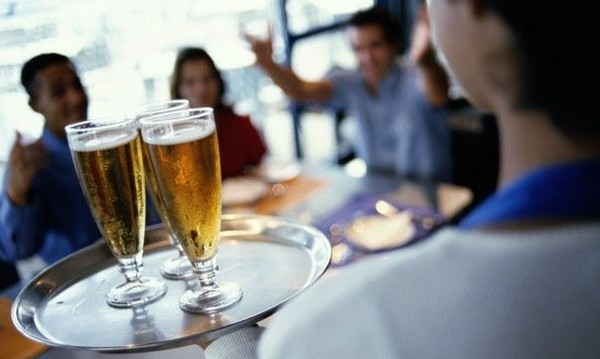 Whmi 93 5 Local News Michigan Tightens Covid Restrictions On Dining Gatherings