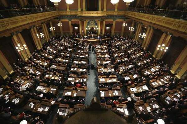 Hune, Theis & Vaupel Vote To Gut Minimum Wage & Paid Sick Time Bills