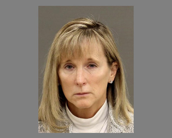 Pinckney Woman Enters Plea To Embezzlement Charges