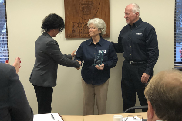 Howell Couple Receives Volunteers Of The Year Recognition