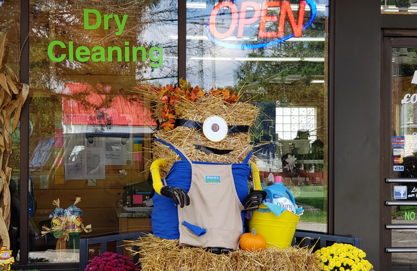"Fowlerville Celebrates the Season with ""Scarecrows Across the 'Ville"""