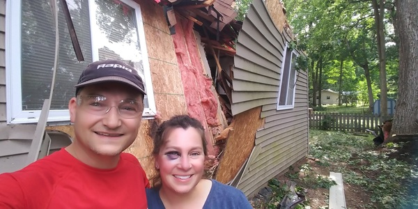Hamburg Couple: Faith In Humanity Restored Following Severe Storms