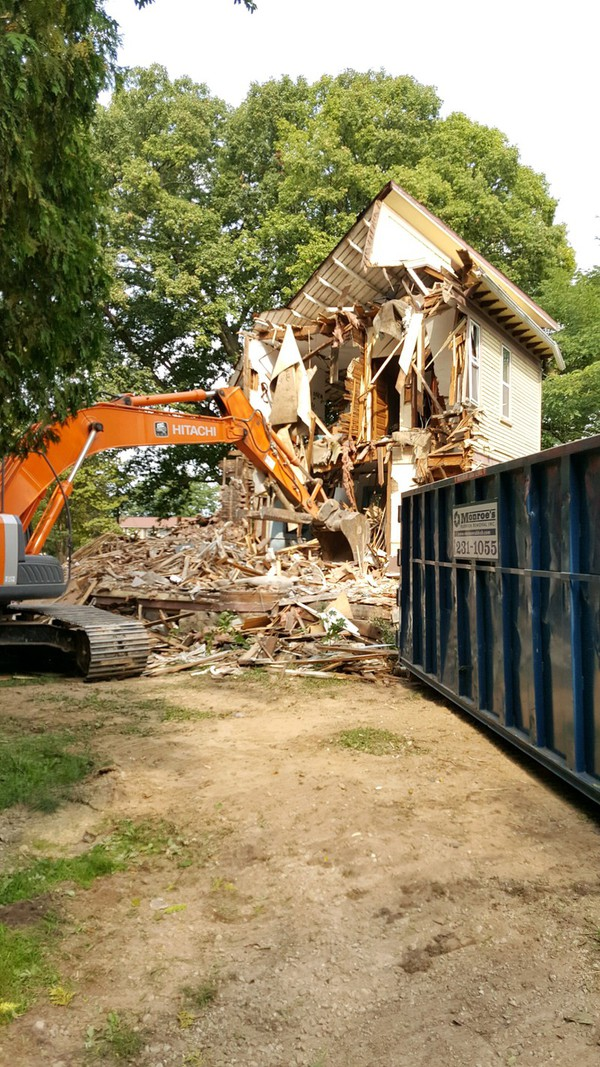 Vacant Home On Flint Road In City Of Brighton Demolished
