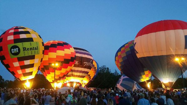 Despite Weather Woes, Crowds Still Enjoy Michigan Challenge Balloonfest
