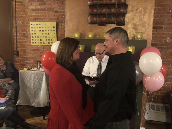 Free Valentine's Day Weddings Again Set In Howell Coffee Shop