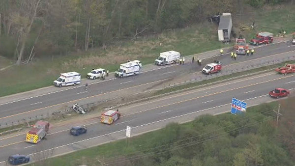 WHMI 93 5 Local News : Multi-Vehicle Crash Involving Semi Shuts Down