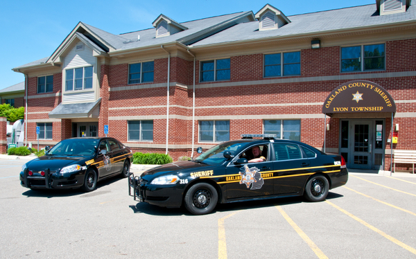 South Lyon High Schools Getting Resource Officers