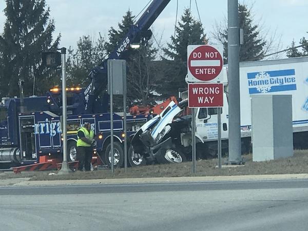WHMI 93 5 Local News : Crash Involving Semi & SUV Shuts Down